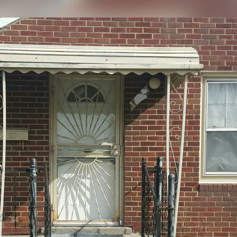 8215 House St, Detroit, MI 48234