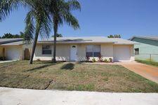 6061 Wauconda Way E, Lake Worth, FL 33463