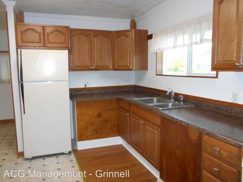306 1st Ave W, Grinnell, IA 50112