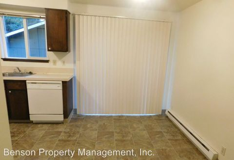 39900 And 39910 Mc Cormick Dr, Sandy, OR 97055
