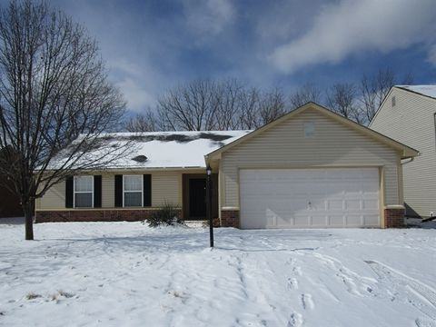 1916 Windy Hill Ln, Indianapolis, IN 46239