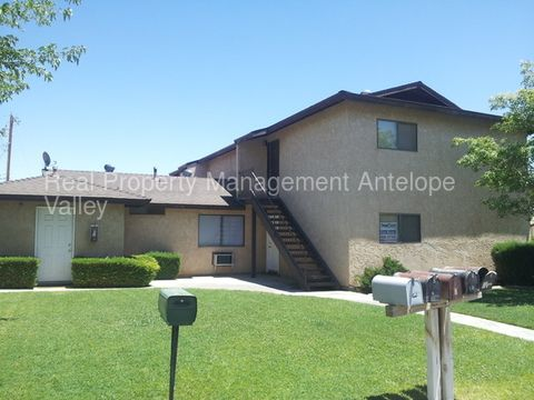 2875 Sycamore Ave, Rosamond, CA 93560