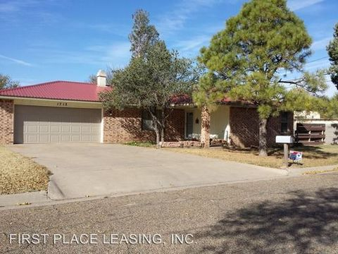 1712 S Avenue M, Portales, NM 88130