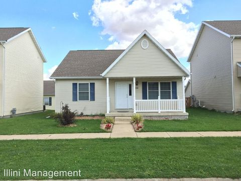 1304 Montgomery St, Urbana, IL 61802