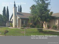 2950 S Rose Brook Dr, Riverbank, CA 95367