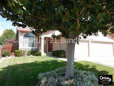 1427 Roman Dr, Rohnert Park, CA 94928