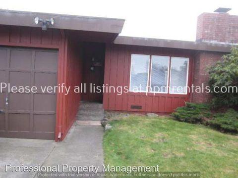 811 Pearl St, Eureka, CA 95503