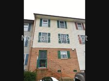 1475 Country Club Ct, Harrisonburg, VA 22802