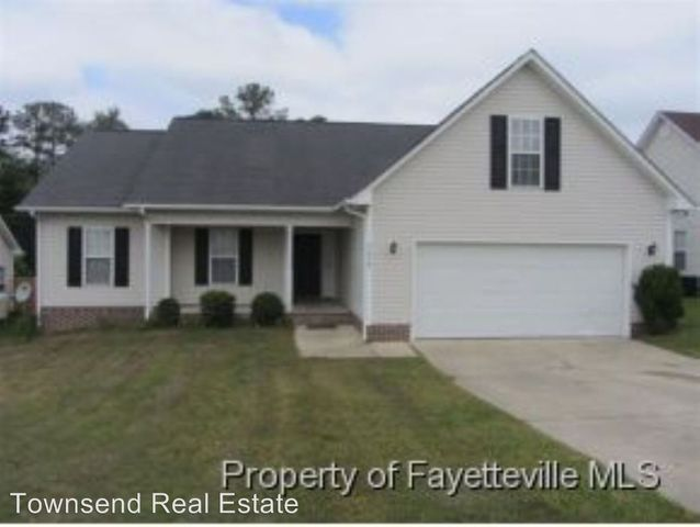 2028 Ivey Commons Rd, Fayetteville, NC 28306 Main Gallery Photo#1