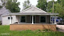 308 Greenview Dr, Urbana, IL 61801