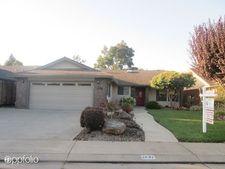 2632 Park West Dr, Lodi, CA 95242