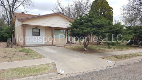 232 New Mexico Dr, Portales, NM 88130