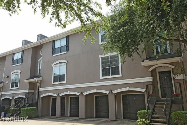 3968 Tri Level Townhome With Attached Garage, Houston, TX