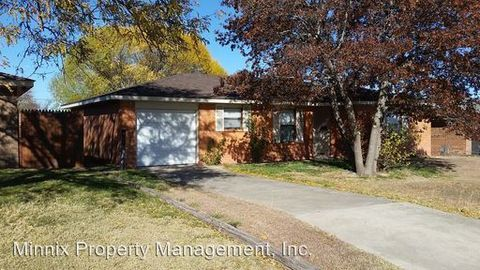 2613 16th Ave, Canyon, TX 79015