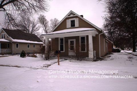 749 W 9th St, Fremont, NE 68025
