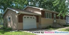 911 Proctor Ave Nw, Elk River, MN 55330