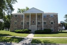 4051 Charleston Rd, Matteson, IL 60443
