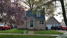 2304 Washington St, Cedar Falls, IA 50613