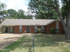 2942 S Mendenhall Rd, Memphis, TN 38115