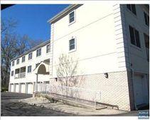 143 Schor Ave, Leonia, NJ 07605