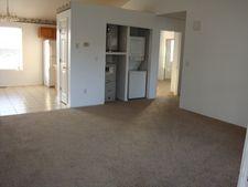 404 Twin Oaks, Kirbyville, MO 65679