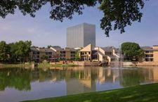 9600 Golf Lakes Trl, Dallas, TX 75231