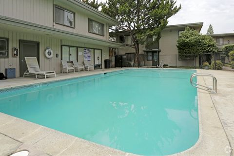 5800 Fair Oaks Blvd, Carmichael, CA 95608