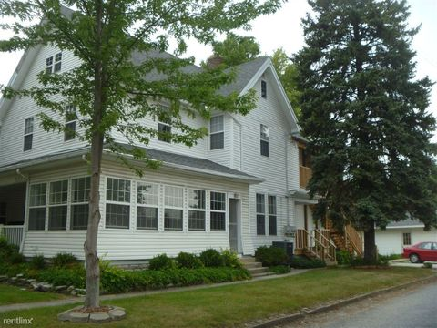 916 W 3rd St, Marion, IN 46952