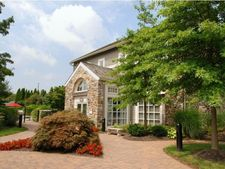 100 Treetops Ln, West Chester, PA 19380