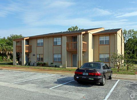 1040 Tree Ln, Titusville, FL 32780