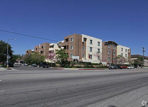 14611 Vincennes St, Panorama City, CA 91402