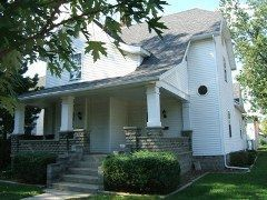 102 S F St, Marion, IN 46952