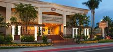 880 Irvine Ave, Newport Beach, CA 92663