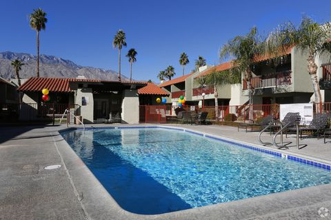 2300 E Tahquitz Canyon Way, Palm Springs, CA 92262
