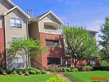1345 Towne Lake Hills South Dr, Woodstock, GA 30189