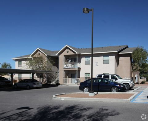 825 N 4th St, Anthony, NM 88021