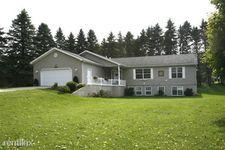 7412 Garden Ln, Portage, MI 49002