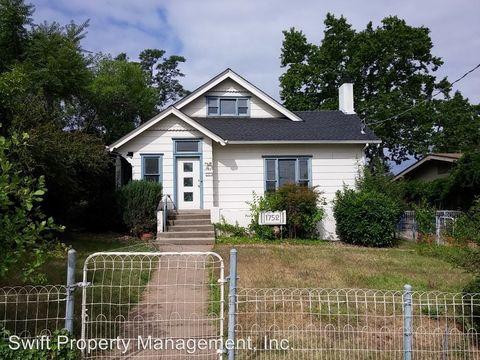 1752 Chesnut St, Redding, CA 96001