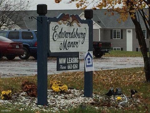 69138 Gateway Dr, Edwardsburg, MI 49112