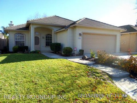 830 Sequoia Ct, Lodi, CA 95242