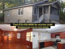 4611 City View Dr, Forest Park, GA 30297