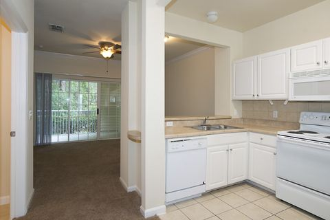 5075 Nw 43rd Ave, Gainesville, FL 32606
