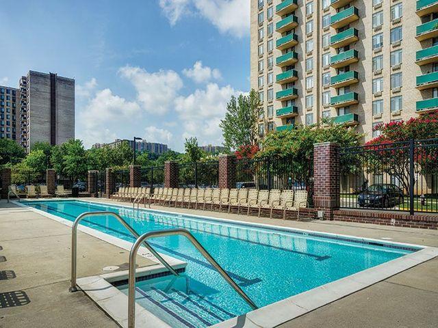 apartment for rent at 5860 cameron run ter alexandria va