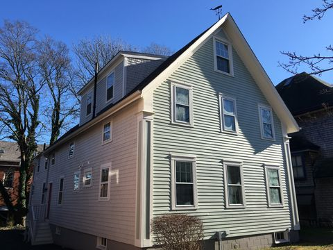 48 7th St, New Bedford, MA 02740